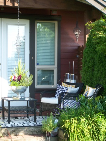 Stunning patio decor