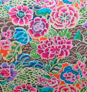 This fabric has pretty written all over it. It would be a perfect addition to a girl's bedroom whether she be 3 or 13.