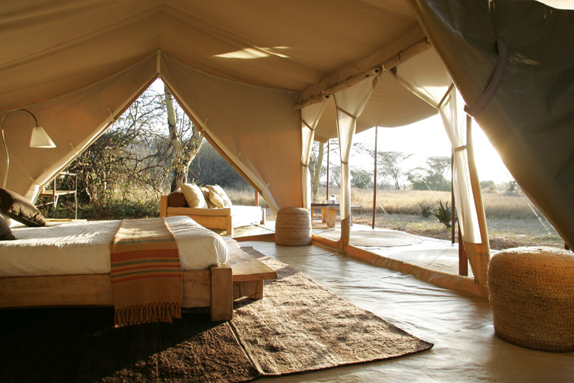 This beautiful African safari tent may not keep out the lions but it defintly oozes relaxed & fancy tent interiors | fabrictherapy